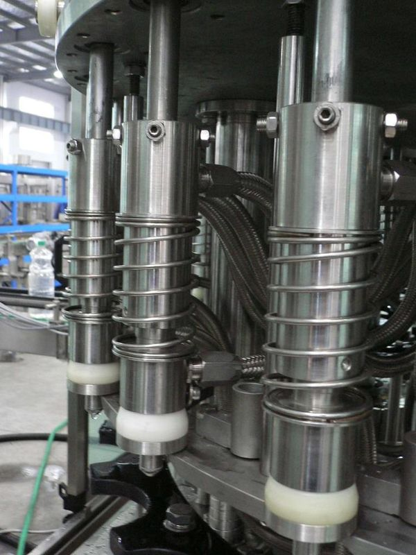 Water liquid filling machinery for pet bottles 3-in-1 Automatic Beverage Filling Machine